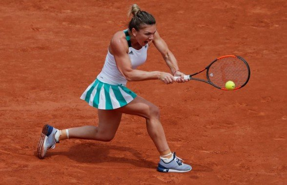 Tennis - French Open - Roland Garros, Paris, France - June 3, 2017   Romania's Simona Halep in action during her third round match against Russia's Daria Kasatkina   Reuters / Gonzalo Fuentes