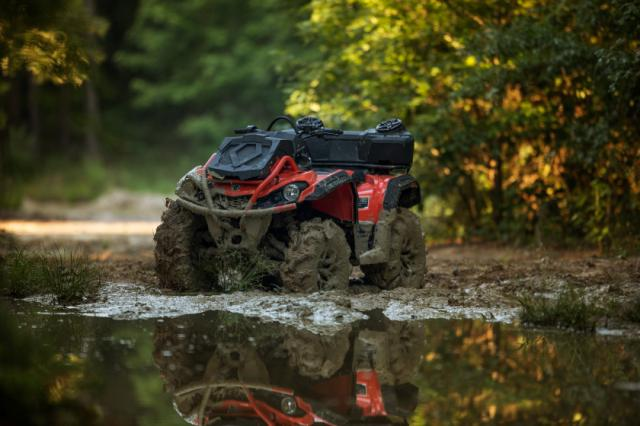 action_9548bac249a7_can-am-outlander-x-mr-570-2018-atv-int-red-black-5
