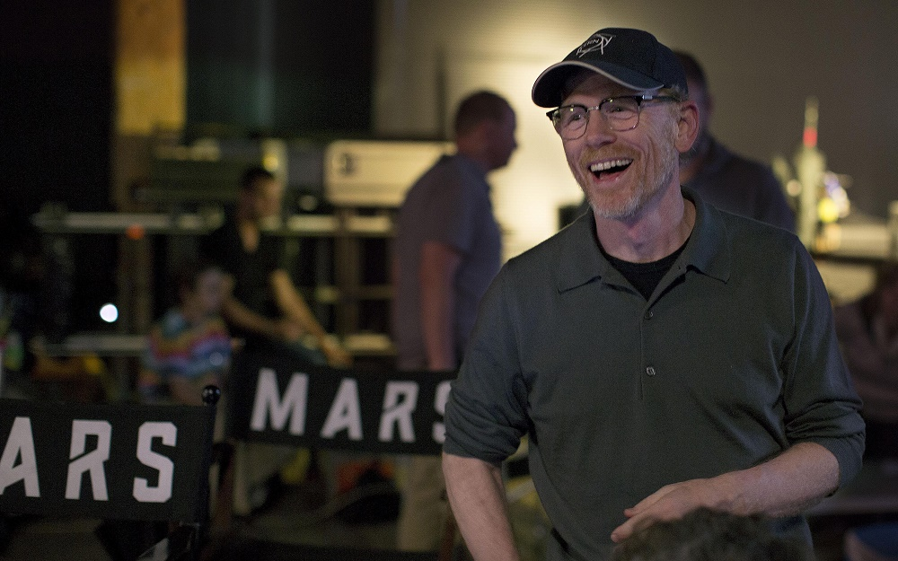 Executive Producer Ron Howard on the set of the global event series MARS.  Premiering on the National Geographic Channel and Nat Geo Mundo in the U.S. on Monday, Nov. 14 at 9/8c and internationally in 170 countries and 45 languages on Sunday, Nov. 13, MARS Ñ which is set both in the future and in the present day Ñ will redefine television storytelling by combining feature film-quality scripted drama and visual effects with best-in-class documentary sequences to drive forward a cohesive, edge-of-your-seat story of mankindÕs thrilling quest to colonize Mars.  (Photo Credit: National Geographic Channels/Andras Biro)
